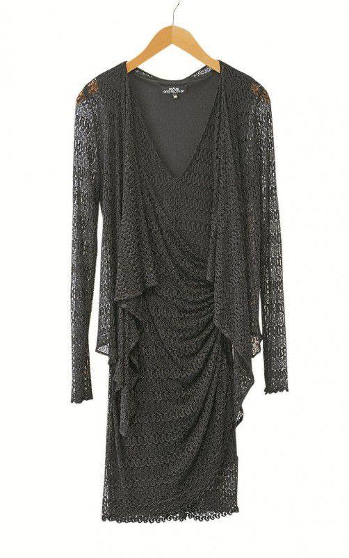 Klassisch: Elegantes schwarzes Spitzenkleid, gesehen bei Garzon