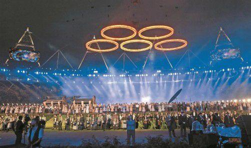 15.000 Personen waren im Olympiastadion von London von Star-Regisseur Danny Boyle für die Eröffnungsshow aufgeboten worden. Foto: ap