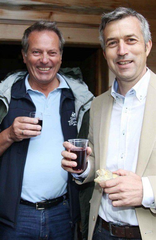 Bürgermeister Karl Hueber (l.) und Bernhard Maier. Fotos: Meznar
