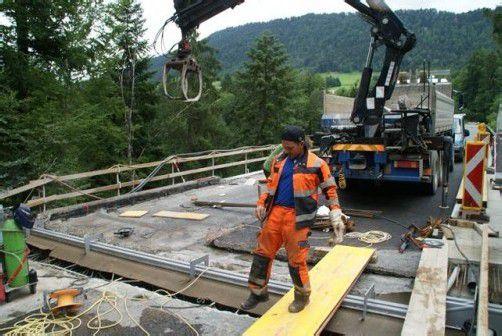 Die Sanierung der Bärentobelbrücke wird bis Ende August dauern – der zweite Bauabschnitt folgt 2013.