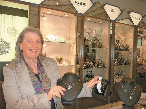 Doris Diem gründete vor 44 Jahren ihren Juwelierbetrieb. Fotos: Marlene Matt