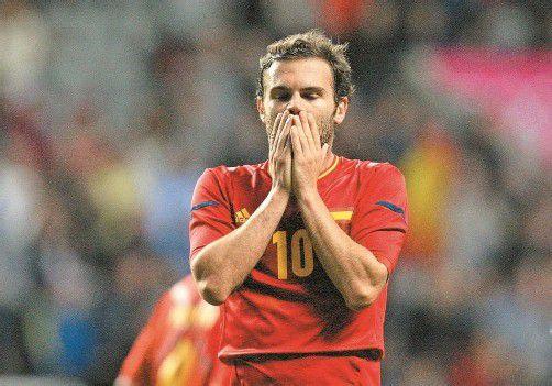 Enttäuschung bei Europameister Juan Mata nach der Niederlage des spanischen Fußballteams gegen Honduras. Foto: ap