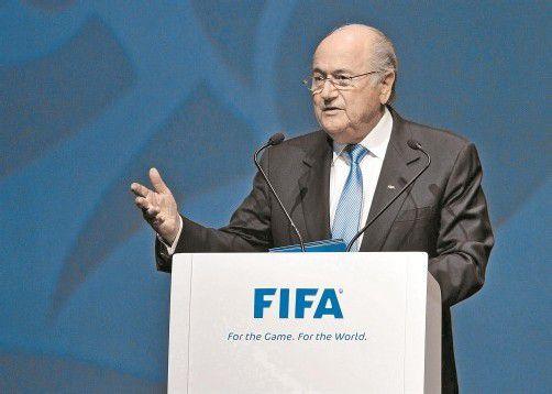 FIFA-Präsident Joseph Blatter hat heute in Zürich Erklärungsbedarf. Foto: ap