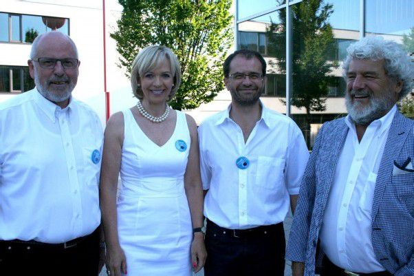 Gästequartett beim Sommerball: Herbert Hug (l.) mit Annelies Bleil sowie Peter Grabherr und Walter Fink. Fotos: Caritas, Kager