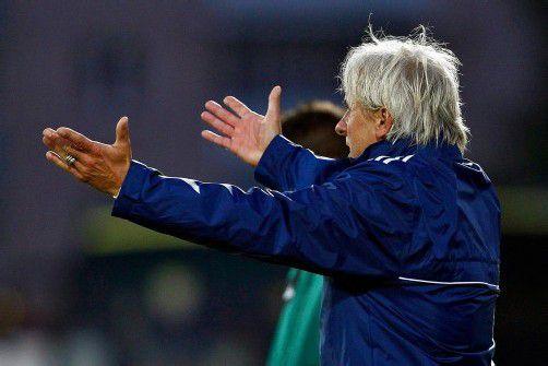 Heinz Fuchsbichler darf sich freuen. Als neuer Ried-Trainer feierte er einen siegreichen Einstand in der Saison 2012/13. Foto: gepa