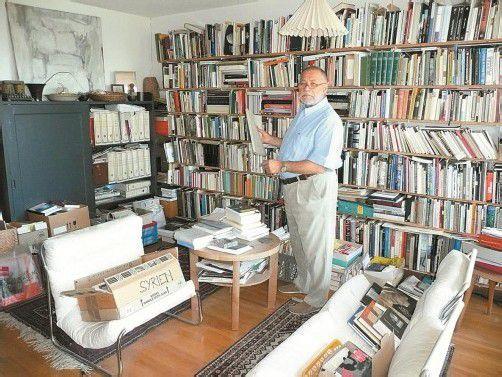 """Helmut Swozilek in seinem Privatreich: """"In Wirklichkeit ist alles wohl sortiert."""" Foto: malene matt"""