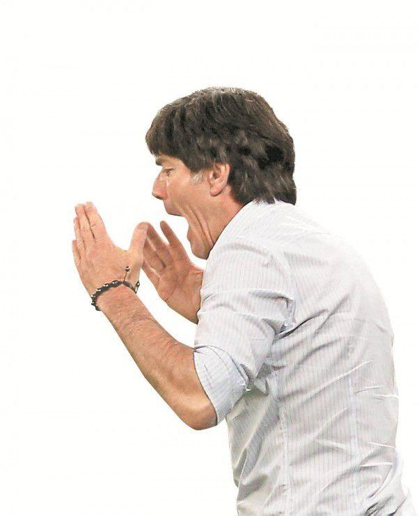 Joachim Löw hört erstmals kritische Töne. Foto: ap