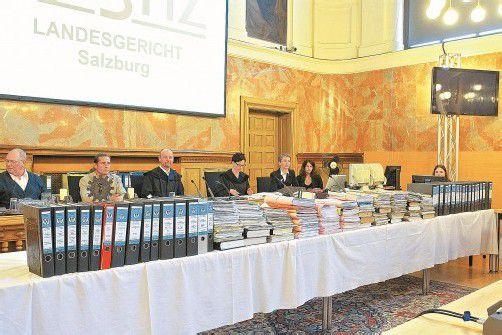 Nach 21 Verhandlungstagen kommt es am Landesgericht Salzburg nächste Woche zum großen Showdown. Die Urteile über sechs Angeklagte werden verkündet. Fotos: vn/hofmeister