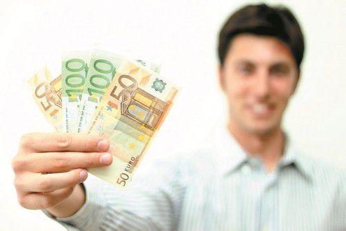 Noch immer dürfen sich Männer über mehr Geld auf dem Gehaltskonto freuen. Foto: Shutterstock