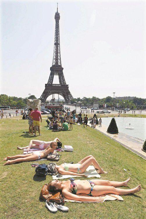 Paris im Sommer: Ein Reiseziel mit Charme, das man ohne viel Ärger genießen möchte. Foto: reuters