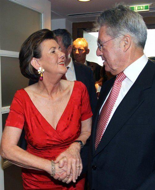 Präsidentin Rabl-Stadler mit Bundespräsident Fischer. Foto: ApA