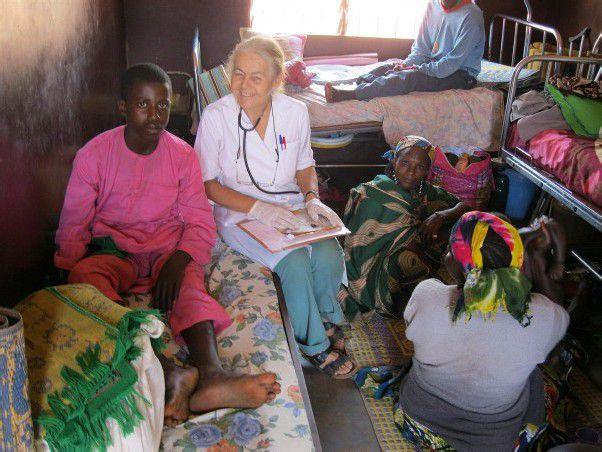 Die Ärztin Elisabeth Neier arbeitet seit 1986 in Kamerun.