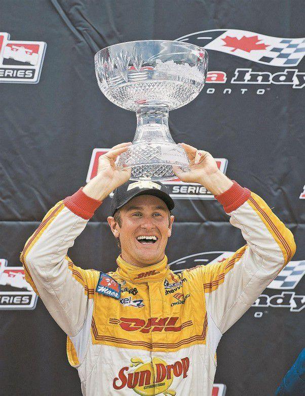 Ryan Hunter-Reay, der stolze Sieger von Toronto. Foto: ap