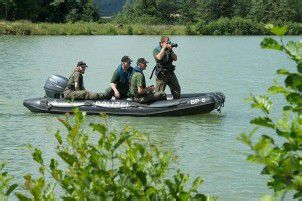 Polizei in Bayern sucht Krokodil in Badesee