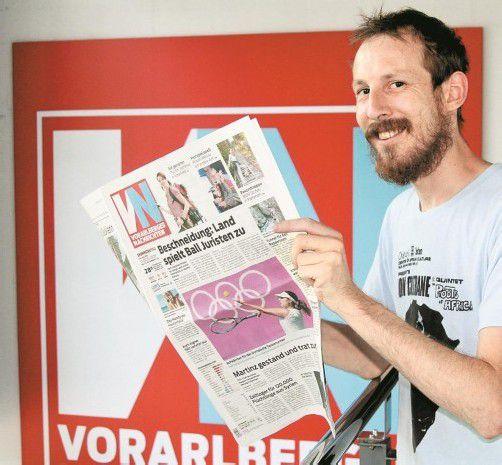 """VN-Layoutchef Felix Holzer zeigt sich erfreut über die lobende Erwähnung im """"Newseum"""". Foto: VN"""