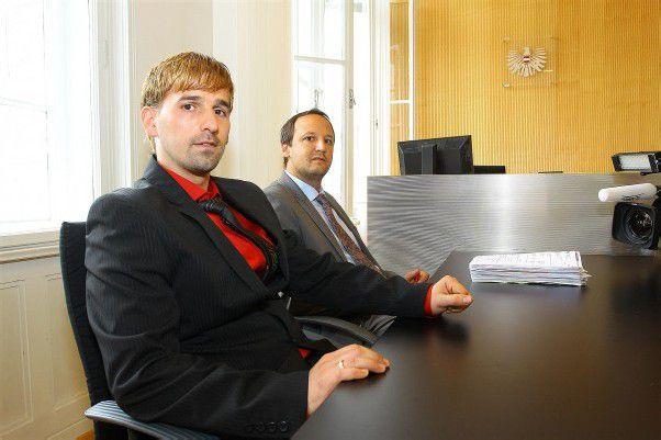 Wie sieht die Verhandlungstaktik von Behar Merlaku und seinem Anwalt Thomas Kerle aus? Foto: Vn/Hofmeister