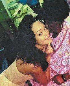 Rihanna trauert um Oma
