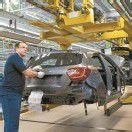 Große Nachfrage für neue A-Klasse – Daimler lagert Produktion aus