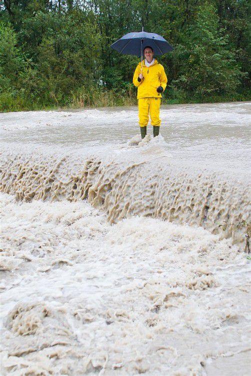 wetter feature, regen, herbst,m hochwasser, sperre der furt wegen hochwasser, nadine aus dornbirn