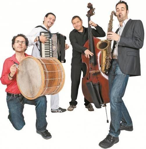"""""""The Dusa Orchestra"""" steht für die Verschmelzung von europäischen Musikstilen aller Art. Foto: Dusa Orchestra"""