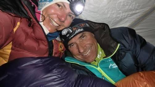 Als Ehepaar auf den 8000ern zu Hause: Gerlinde Kaltenbrunner und Ralf Dujmovits, Ehrengäste am Eröffnungsabend beim Filmfest St. Anton am Arlberg. foto: Ralf Dujmovits