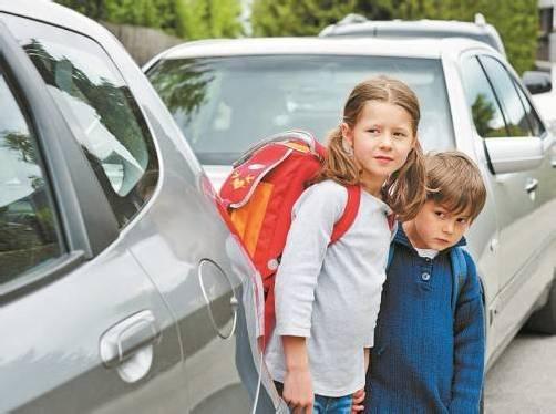 Aufgepasst: Bald sind wieder Schüler auf der Straße zu sehen.