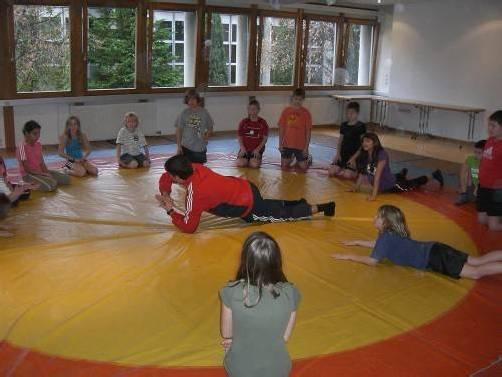 Das Schulprojekt soll laut den Initiatoren nicht an einer desolaten Trainingsmatte scheitern. Foto: cth