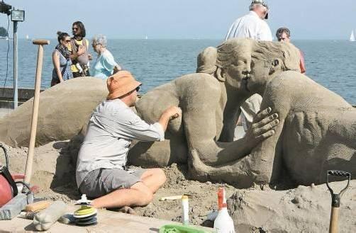 Das internationale Sandskulpturen-Festival findet heuer zum 14. Mal in Rorschach statt. Foto: g.grabher