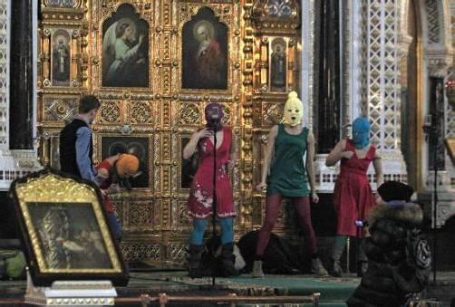 Der verhängnisvolle Auftritt von Nadeschda Tolokonnikowa, Maria Aljochina und Jekaterina Samuzewitsch.