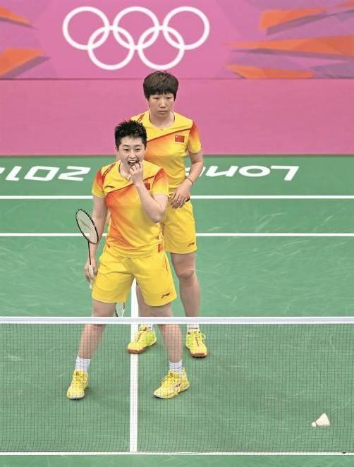 Die Bälle flogen in Serie ins Netz: Wang Xiaoli und Yu Yang. Foto: ap