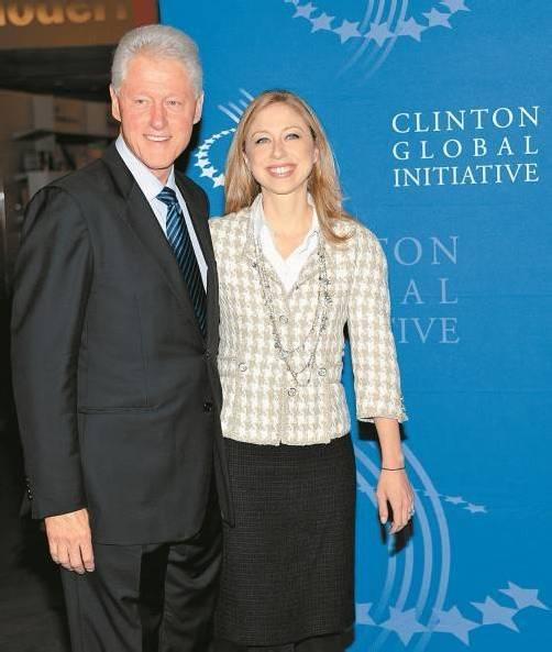 Die Eltern als Vorbild: Jetzt will auch die 32-jährige Clinton-Tochter in die Politik. Foto: AP