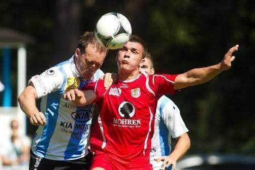 Die Rothosen aus Dornbirn hatten im Derby gegen den FC Hard keine Mühe und siegten verdient mit 4:0. Fotos: Steurer