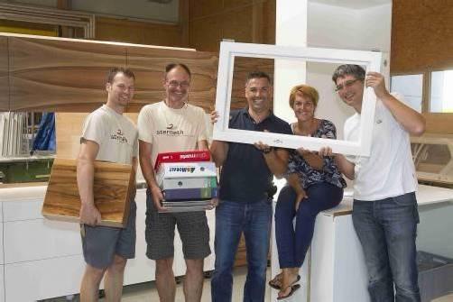 Die Tischlerei Sternath in Hard verstärkt das Büro-Team mit einem Lehrling. Foto: vn/paulitsch