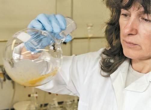 Die vor Ort gezogenen Proben werden im Labor untersucht.