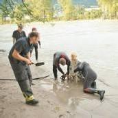 Tirol: Bub (13) steckte im Treibsand fest
