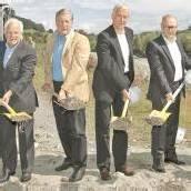 Spatenstich als Startschuss für Kraftwerksbau der Feldkircher Stadtwerke am Illspitz