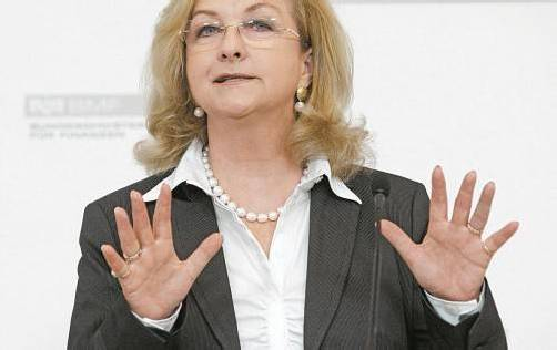Finanzministerin Maria Fekter verfügt bereits über Expertisen zur Steuerhoheit. Jetzt muss nur noch verhandelt werden.