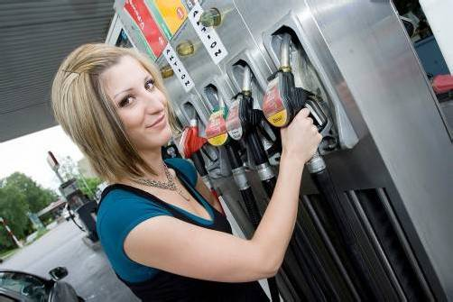 In Deutschland ein Flop, soll Agrarsprit E10 mit Herbst auch an Österreichs Tankstellen eingeführt werden. Foto: VN