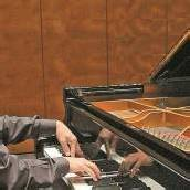 Aaron Pilsan absolviert vor seinem Schubertiade-Debüt noch einen Festspiel-Auftritt