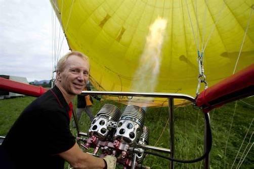Lange musste Schabus am Boden bleiben – diese Woche spielte das Wetter beim Ballonfahren endlich wieder mit. Foto: VN/Paulitsch