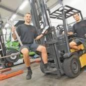 Gabelstapler suchen motivierten Techniker