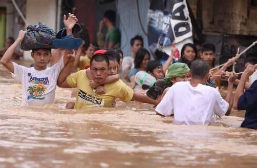 Mehr als eine halbe Million Menschen mussten aufgrund der Überschwemmungen fliehen. Foto: AP