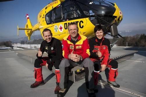 Mit an Bord des Flugrettungsteams sind drei Piloten, zehn Flugretter sowie 21 Notärzte. Foto: VN
