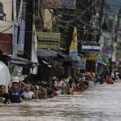 Taifun Haikui in China: Millionen auf der Flucht