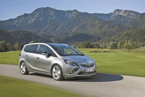 Opel Zafira Tourer: Optisch viel attraktiver als der Alt-Zafira, der aber noch weitergebaut wird. Fotos: VN/muhr, Opel