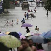 Monsun überflutet Manila – Menschen flüchten