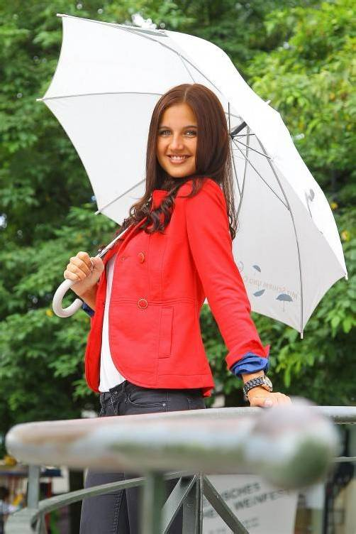 Schöne Aussichten bis Wochenmitte: Auf Regen folgt Sonne, weiß Nina aus Dornbirn. Foto: VN/Hofmeister