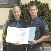 Zeugnisse für Jung-Polizisten