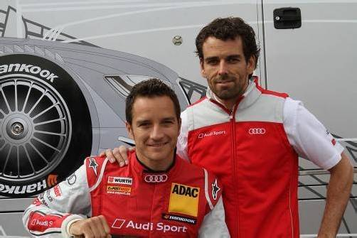 Timo Scheider (l.) mit seinem Renningenieur Markus Michelberger. Foto: manfred noger