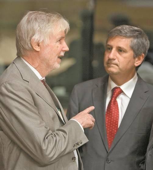 Tuomioja (l.) und Spindelegger bei einem Treffen im Juni. Foto: AP